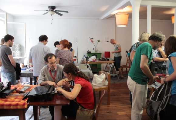 Impressionen vom 3ten Repair Café im westQuartier am 5. August
